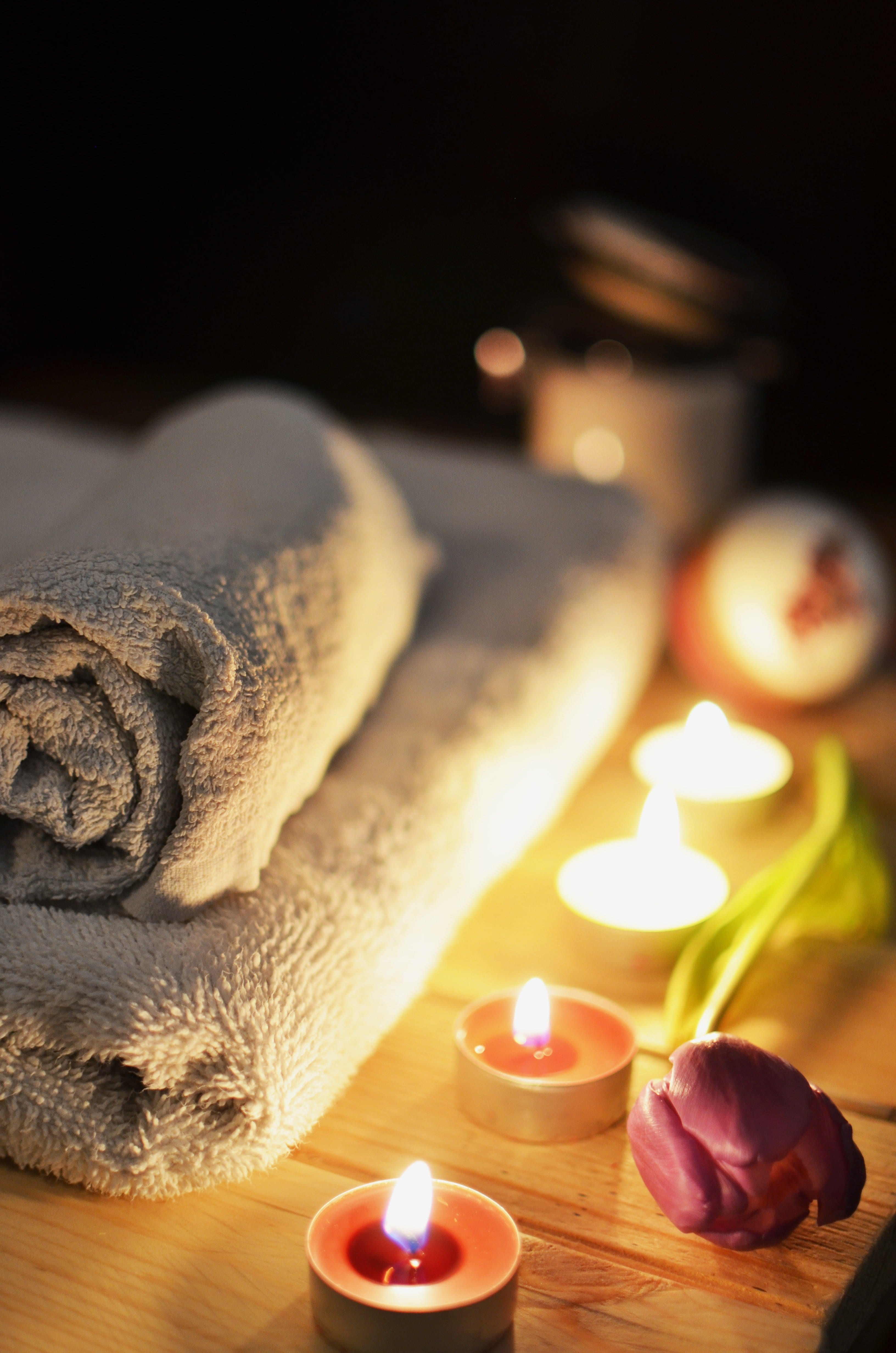 Love A Good Spa? Here Are 9 Must Have Spa Bathroom Accessories